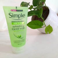 Simple Refreshing  Facial Wash 150ml (UK PRODUCT)